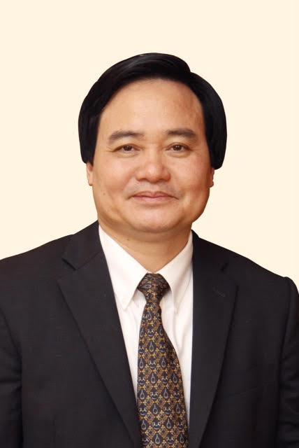 Phung-xuan-nha2