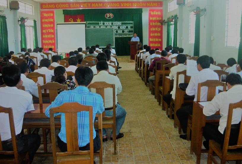 3. Toàn cảnh lớp học