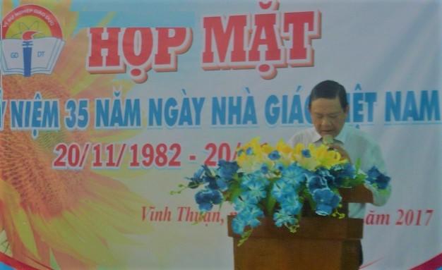3. Thầy Huỳnh Minh Tâm ôn truyền thống