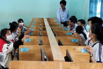 Phòng giáo dục tổ chức hội thi học sinh giỏi Violympic Toán Tiếng Việt, Toán tiếng Anh, Vật lý trên internet cấp huyện năm học 2020-2021