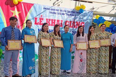 Trường Tiểu học Thị Trấn 1 tổ chức khai giảng năm học mới