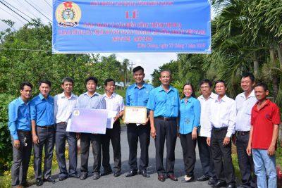 Tuyến đường hoa của CĐCS trường tiểu học và trung học cơ sở Phong Đông