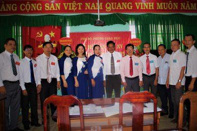 Đồng chí Nguyễn Đông Thành trúng cử Bí thư Chi bộ Phòng Giáo dục lần thứ XV, nhiệm kỳ 2020-2025