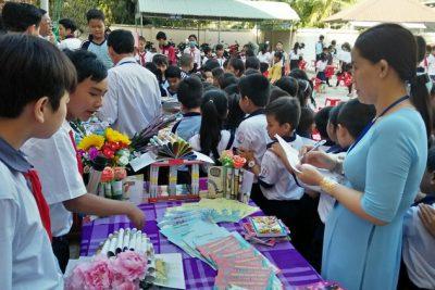 Các trường tích cực hưởng ứng Ngày sách Việt Nam