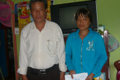 Công đoàn giáo dục huyện thăm hỏi đoàn viên nhân dịp 20/11/2015