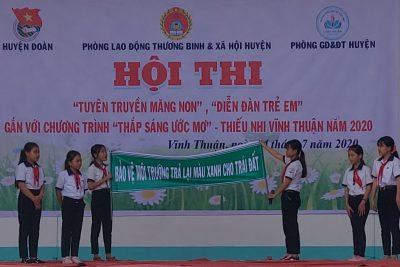 """Hội thi """"Tuyên truyền măng non"""", """"Diễn đàn trẻ em""""gắn với chương trình """"Thắp sáng ước mơ – Thiếu nhi Vĩnh Thuận"""" năm 2020"""