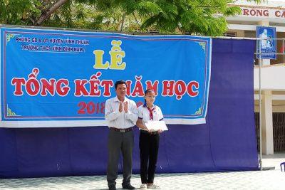 Trường THCS Vĩnh Bình Nam 1 tổ chức tổng kết năm học 2018-2019